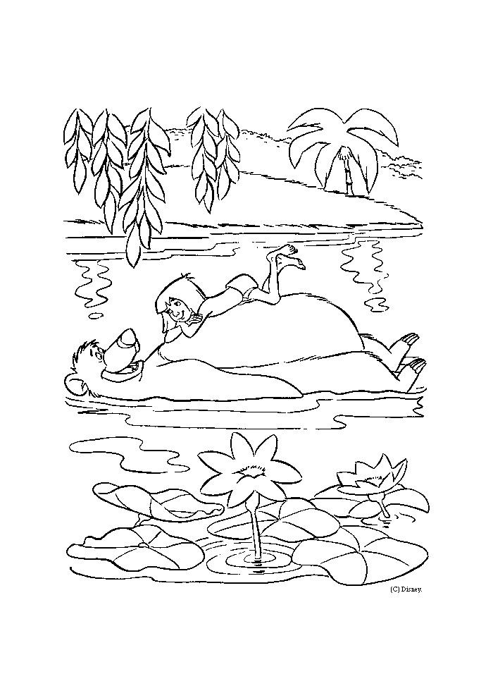 Jungle book -mowgli ligt op de buik van baloe